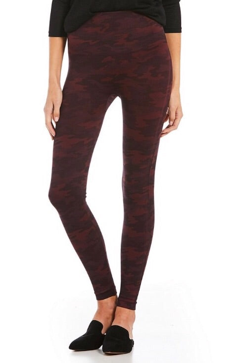 Wine Camo Seamless Leggings