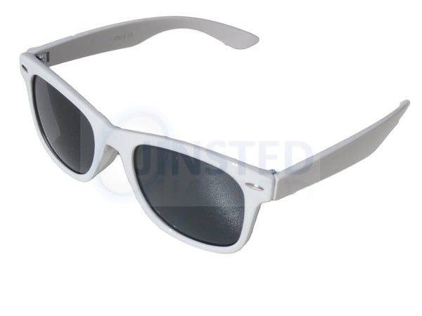 Childrens Sunglasses, Childrens White Frame Sunglasses Black Tinted Lens, Jinsted