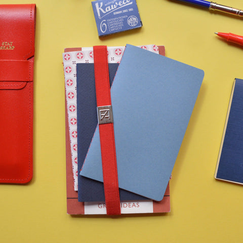 Notebook elastic