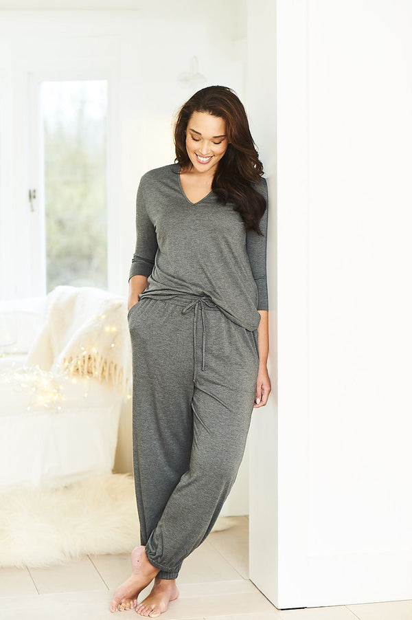 grey jersey sweatpants