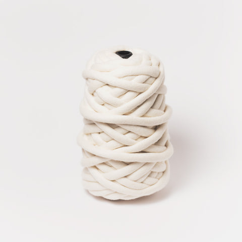 Plump & Co's giant yarn in white 1 ply. Use our plumptious XXL New Zealand merino wool with our giant knitting needles or extreme crochet hooks to make your own chunky knit blanket or throw. Worldwide shipping, free shipping within USA!