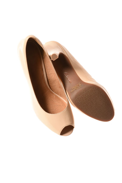 USED Clarks Women's Shoes 8.5 Tan