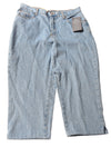NEW Bill Blass Women's Shorts 10 Blue