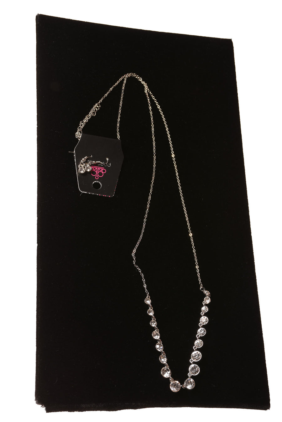 NEW Paparazzi Necklace Set N/A Silvertone