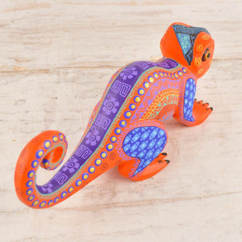 Alebrije Oaxacan Wood Carving Chameleon - Magia Mexica