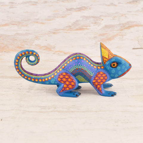 Image of Alebrije Oaxacan Wood Carving Chameleon - Magia Mexica