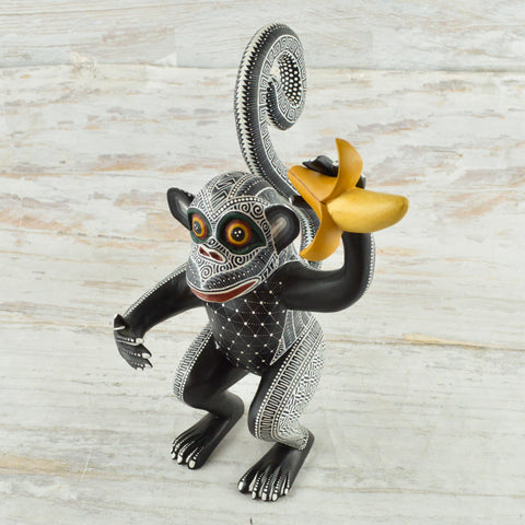 Image of Monkey Alebrije Oaxacan Wood Carving - Alebrije Huichol Mexican Folk art magiamexica.com