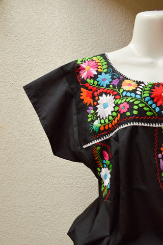 Image of Embroidered Mexican Dress | Black - Alebrije Huichol Mexican Folk art magiamexica.com