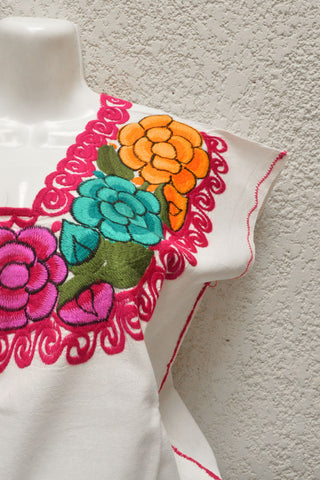 Image of Embroidered Mexican Blouse | Chonita