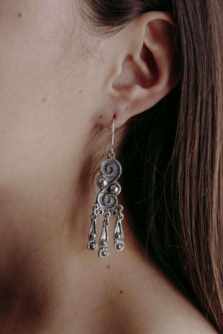 Image of Earrings Queen - Alebrije Huichol Mexican Folk art magiamexica.com