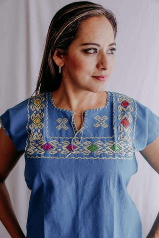 Embroidered Mexican Blouse | Ethnic - Alebrije Huichol Mexican Folk art magiamexica.com