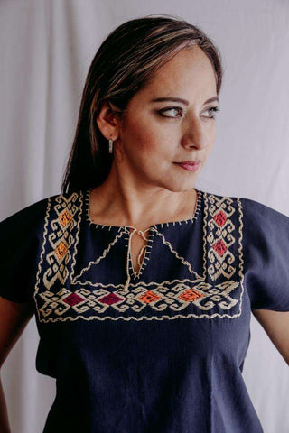 Image of Embroidered Mexican Blouse | Ethnic - Alebrije Huichol Mexican Folk art magiamexica.com