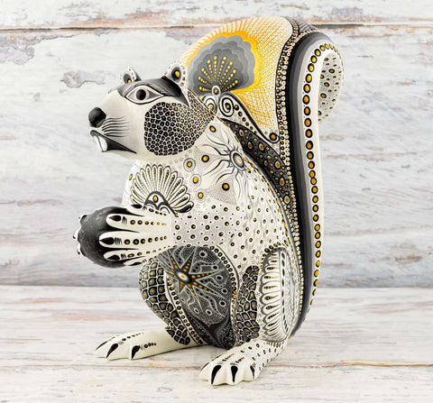 Image of Squirrel Alebrije Oaxacan Wood Carving - Alebrije Huichol Mexican Folk art magiamexica.com