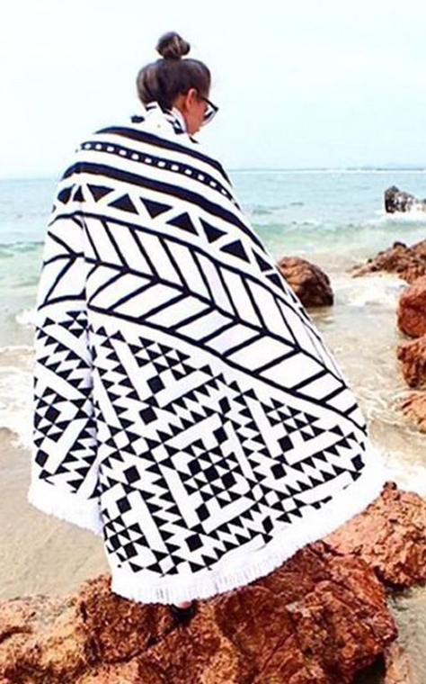 Tribal Print Fringe Beach Throw