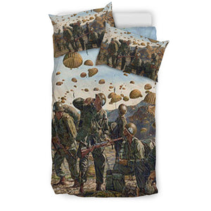 Paratrooper Soldiers With Guns Bedding Set