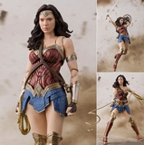 1:12 Justice League - Wonder Woman S.H.Figuarts Figure Bandai Tamashii Nations