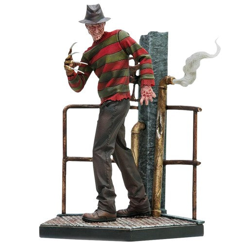1:10 Nightmare on Elm Street - Freddy Deluxe Statue Horror Series Iron Studios