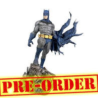"(PREORDER) 10"" DC Comics Gallery - Batman Defiant Figure Statue Diorama Diamond Select Toys"