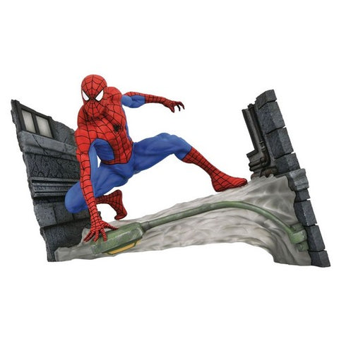 "7"" Spider-Man - Spider Man Webbing PVC Gallery Diorama Statue Diamond Select Toys"
