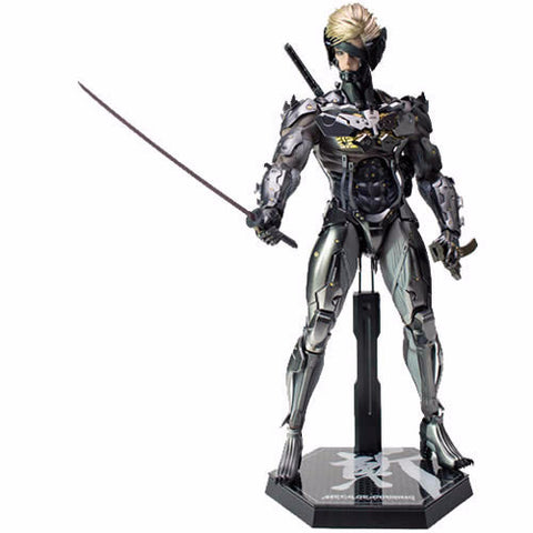 1:6 Metal Gear Rising Revengeance - Raiden Figure VGM17 Standard / VGM 19 Toy Fair Exclusive Hot Toys