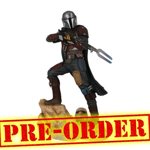 (PREORDER) Star Wars : The Mandalorian - Mandalorian Mark 1 Statue Diamond Select Toys