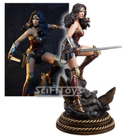 1:4 Limited Edition Wonder Woman Premium Format Statue Sideshow Collectibles