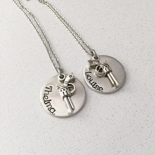 Thelma and Louise - Best friends necklace set -