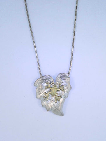 SS/18KT Frog on Leaf Necklace