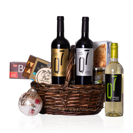 Q7 VINEYARDS TRIO GIFT BASKET
