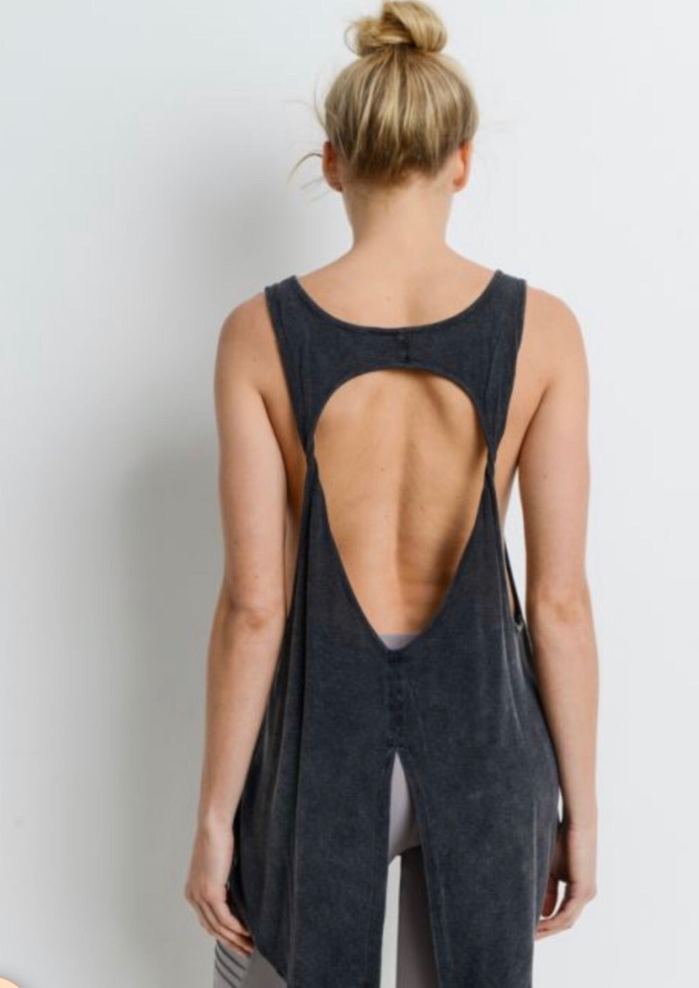 Long Cut-Out tank