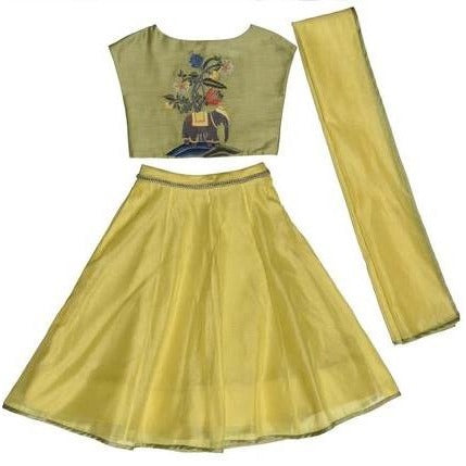 yellow indian wear lehnga with moghul for kids