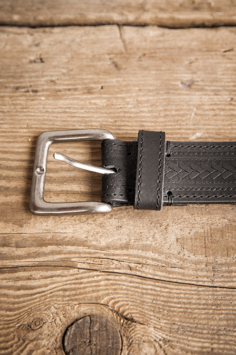 Black Russet Handcrafted Leather Belt