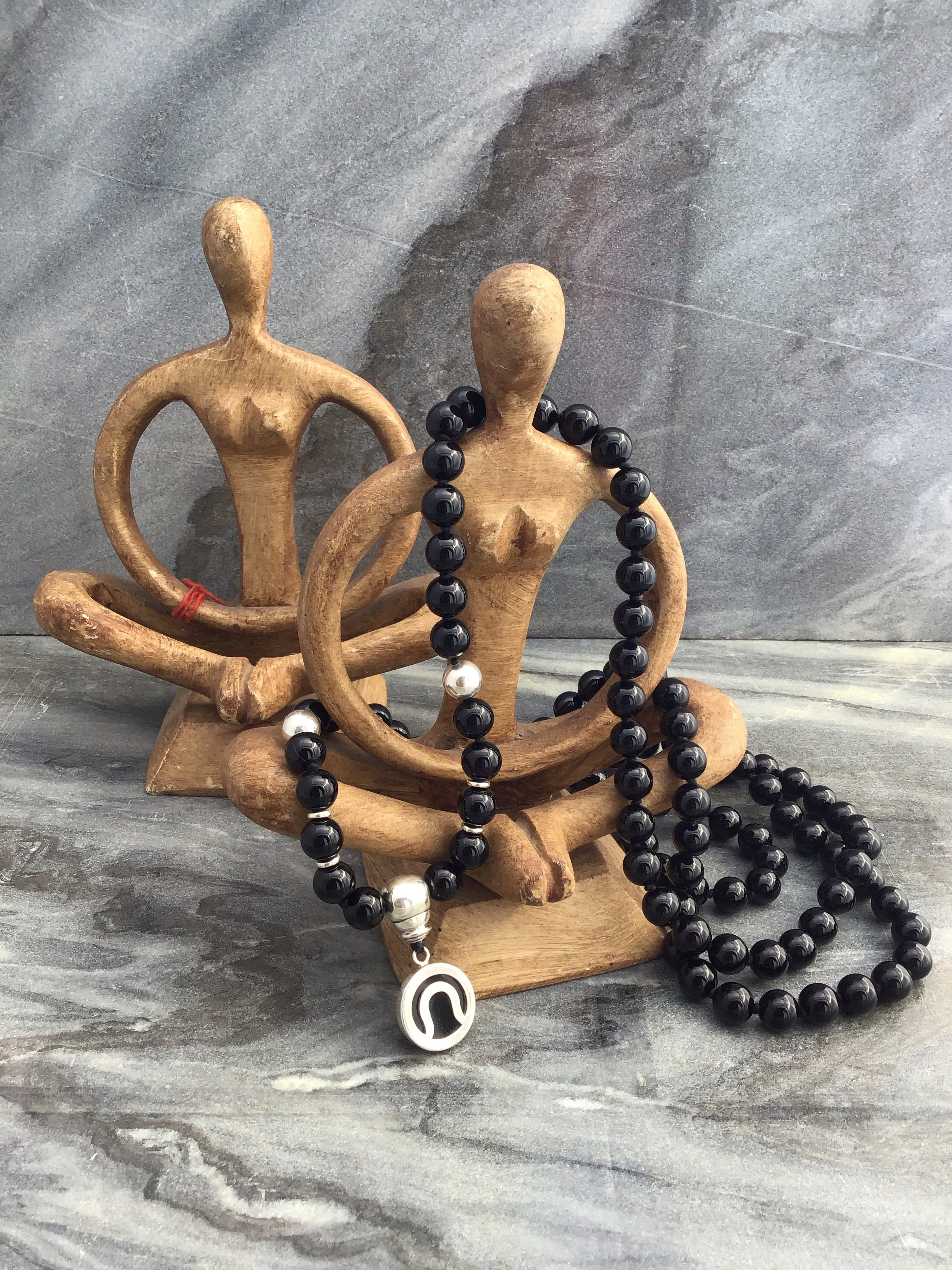 Immortal Am I Mala in obsidian black onyx and 925 silver. Full view alternate.