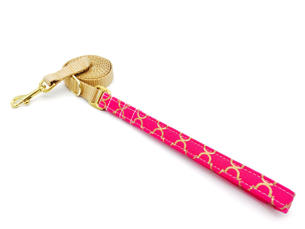 4 Black Paws | Pink & Gold Trefoil Leash