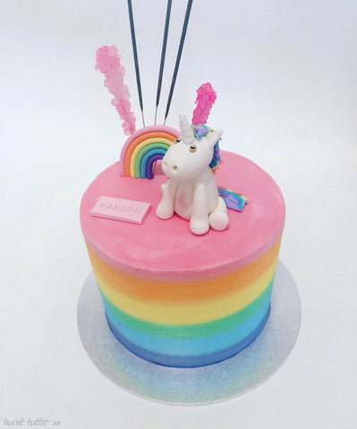 beautiful unicorn cake