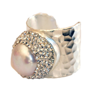 Aphrodite Baroque Pearl Statement Ring - 5and15