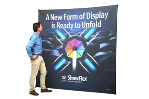 ShowFlex Querformat superleichte Grafikwand von Mark Bric | inkl. Druck | brandamba.com
