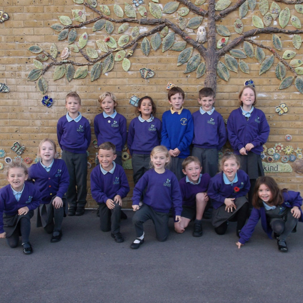 Dorset primary school inspired by Recycling week and Delphis Eco trip promote refill scheme in the hope of ending single-use plastics in businesses.