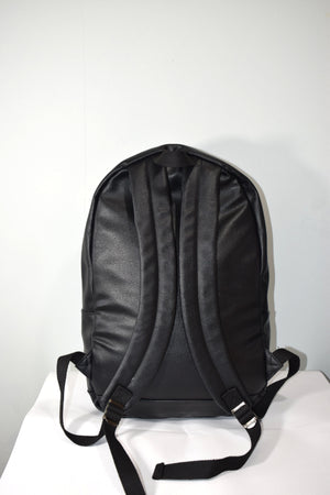 button cross back pack (leather)