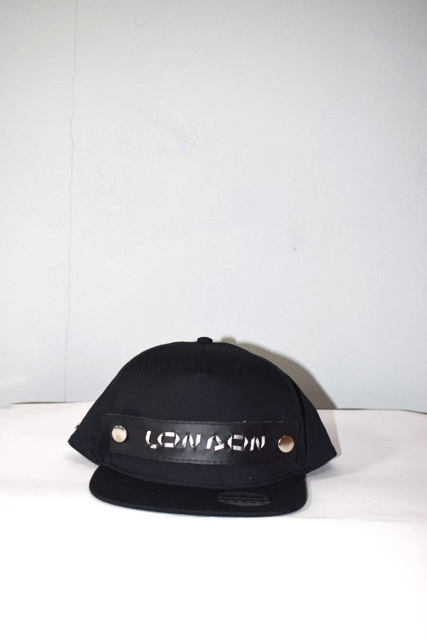 buttoncross snapback black