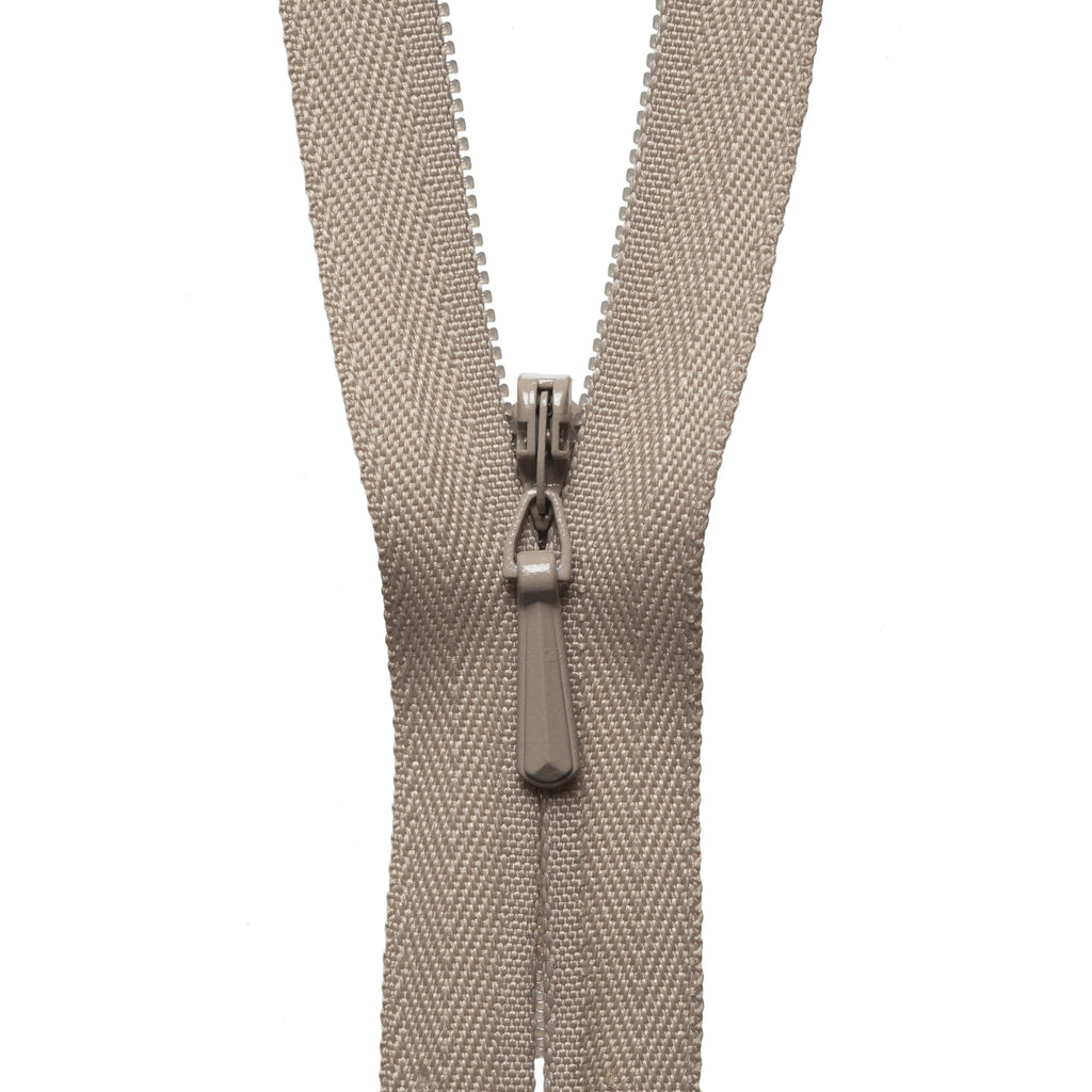 Concealed Zip - 56cm - Fawn
