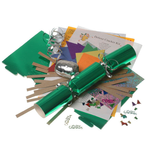 Cracker Kit Green, makes 12 crackers.