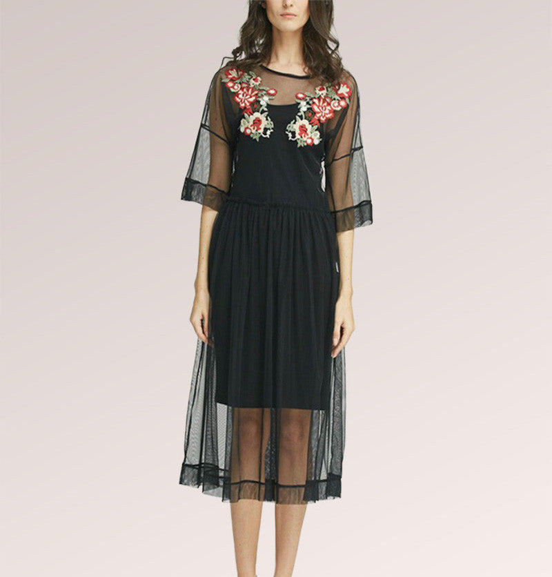 Embroidered ½ Sleeve Floral Midi Dress