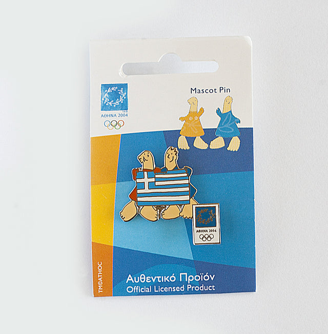 8-PN03-003-007 - Athens 2004 Official Pin: Mascot Athena & Phevos - Greek Flag
