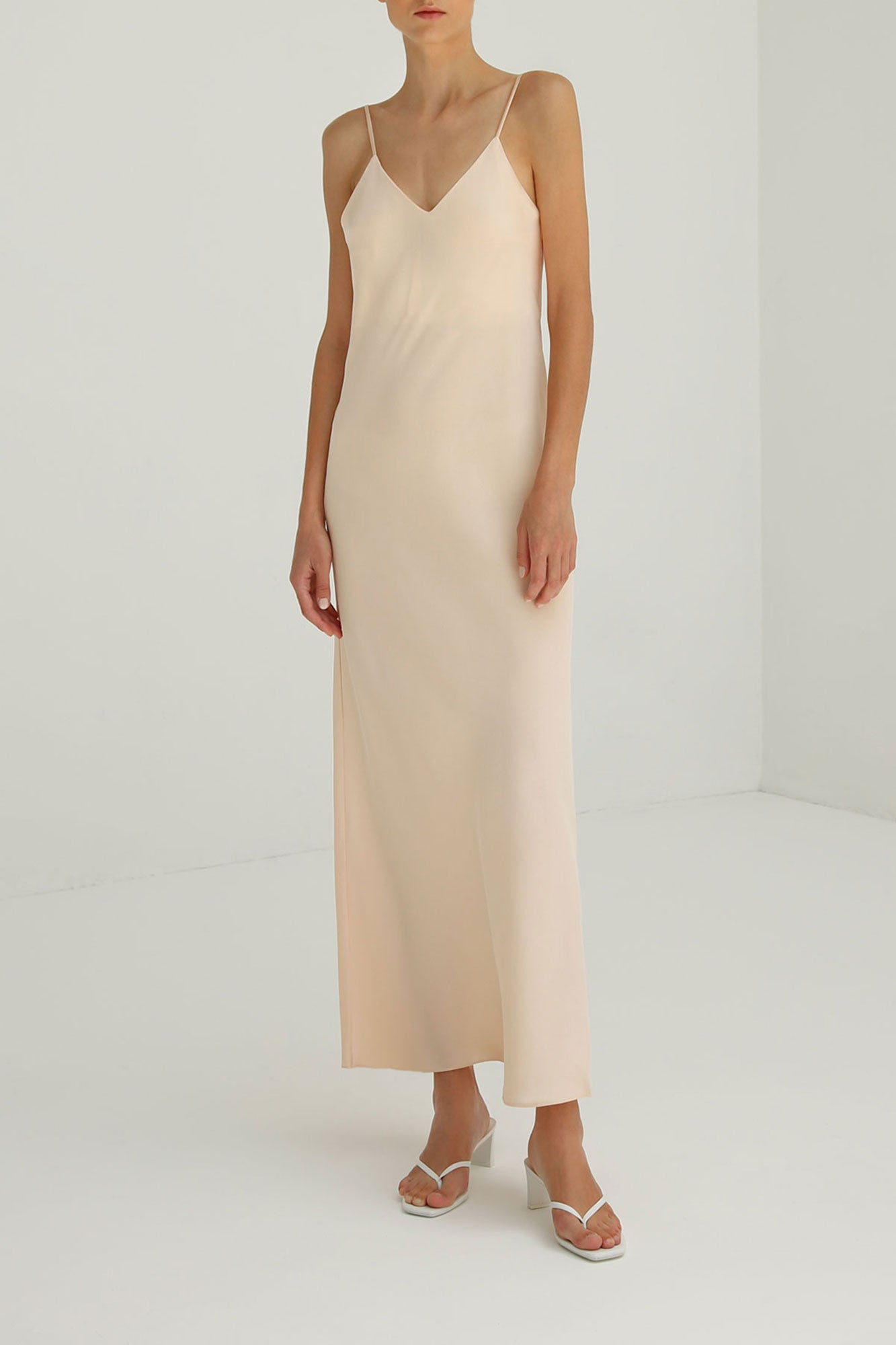 Pearl Slip dress in Nude