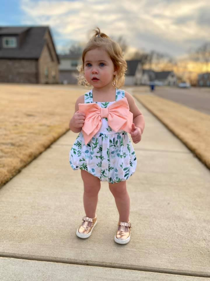 Girls Floral and peach bow bubble