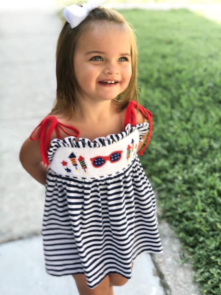 girls 4th of July smocked bubble short set