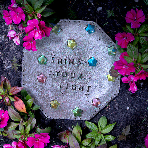 Glow-in-the-Dark Stepping Stone Kit - SKU 901-11289W