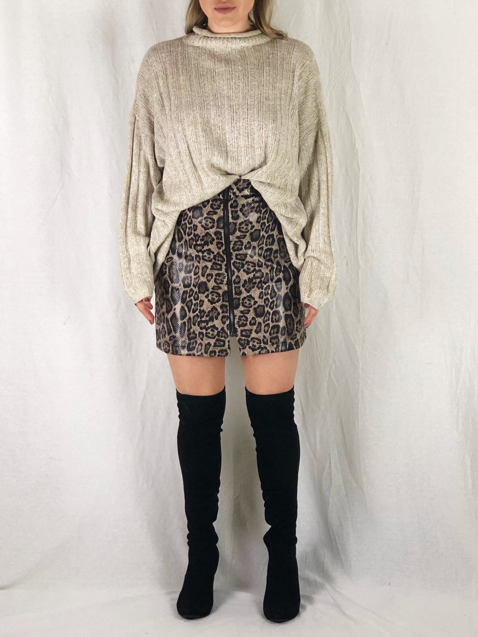 NORA LEOPARD FAUX LEATHER SKIRT