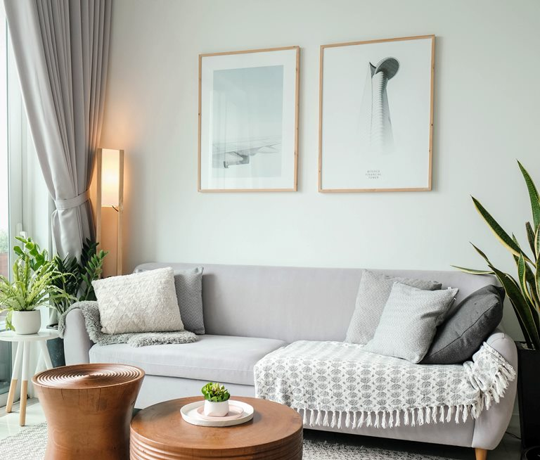 tips for neutral colored wall decor